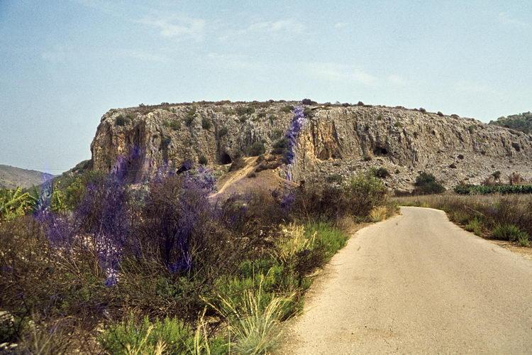 MOUNT CARMEL, prähistorische höhlen, 1979