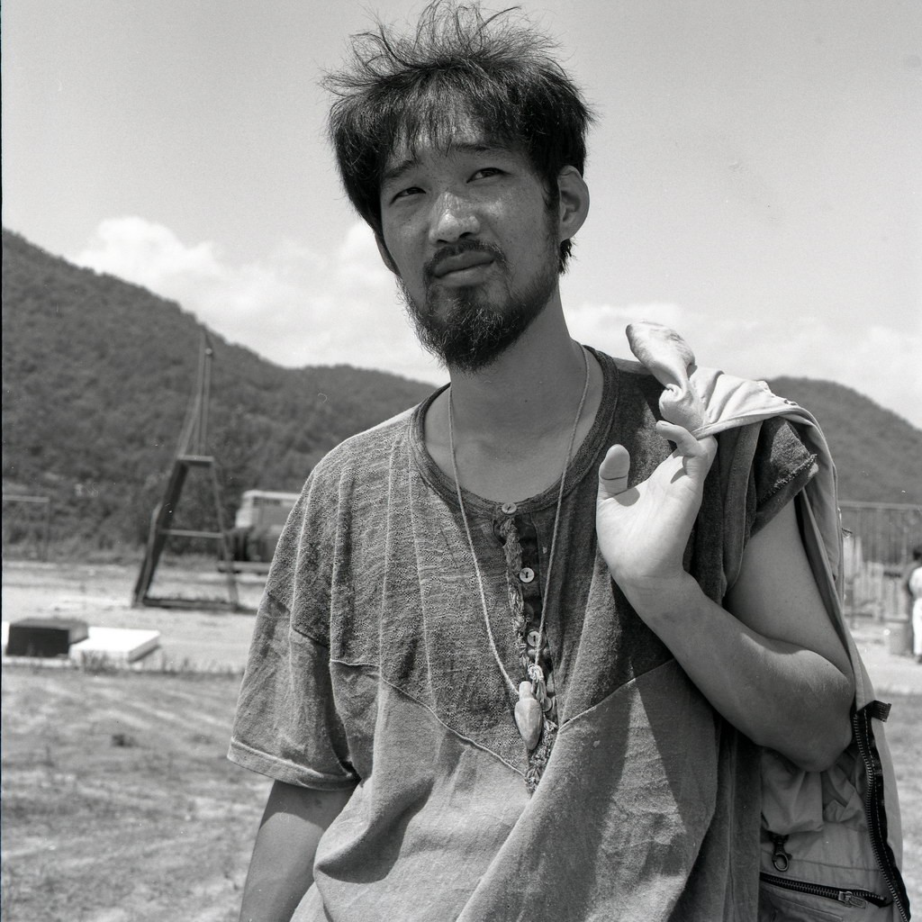 lee, sang-jin, bildhauer, natur und kunst-symposion, kongju, südkorea 1991