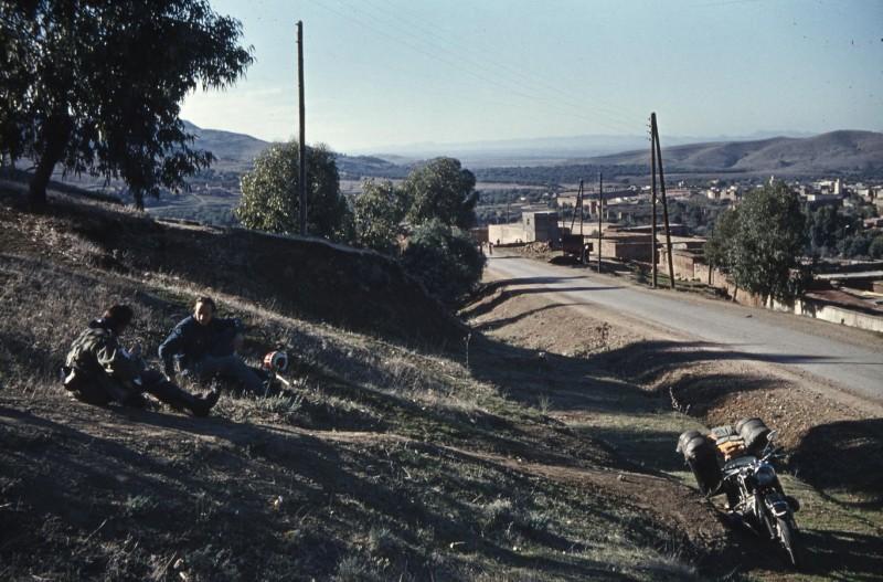 pause bei beni mellal, marokko 1969