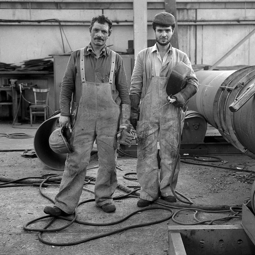 werft-arbeit, menschen auf der hitzler-werft, lauenburg, 1990