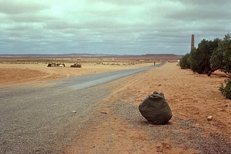 von casablanca per anhalter nach tan tan (ca 800km), tan tan, 1969