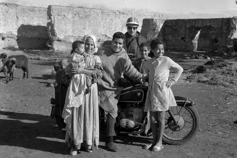 bsasla, mohammed mit seiner mutter, hans-jürgen, fatiha, marokko 1969